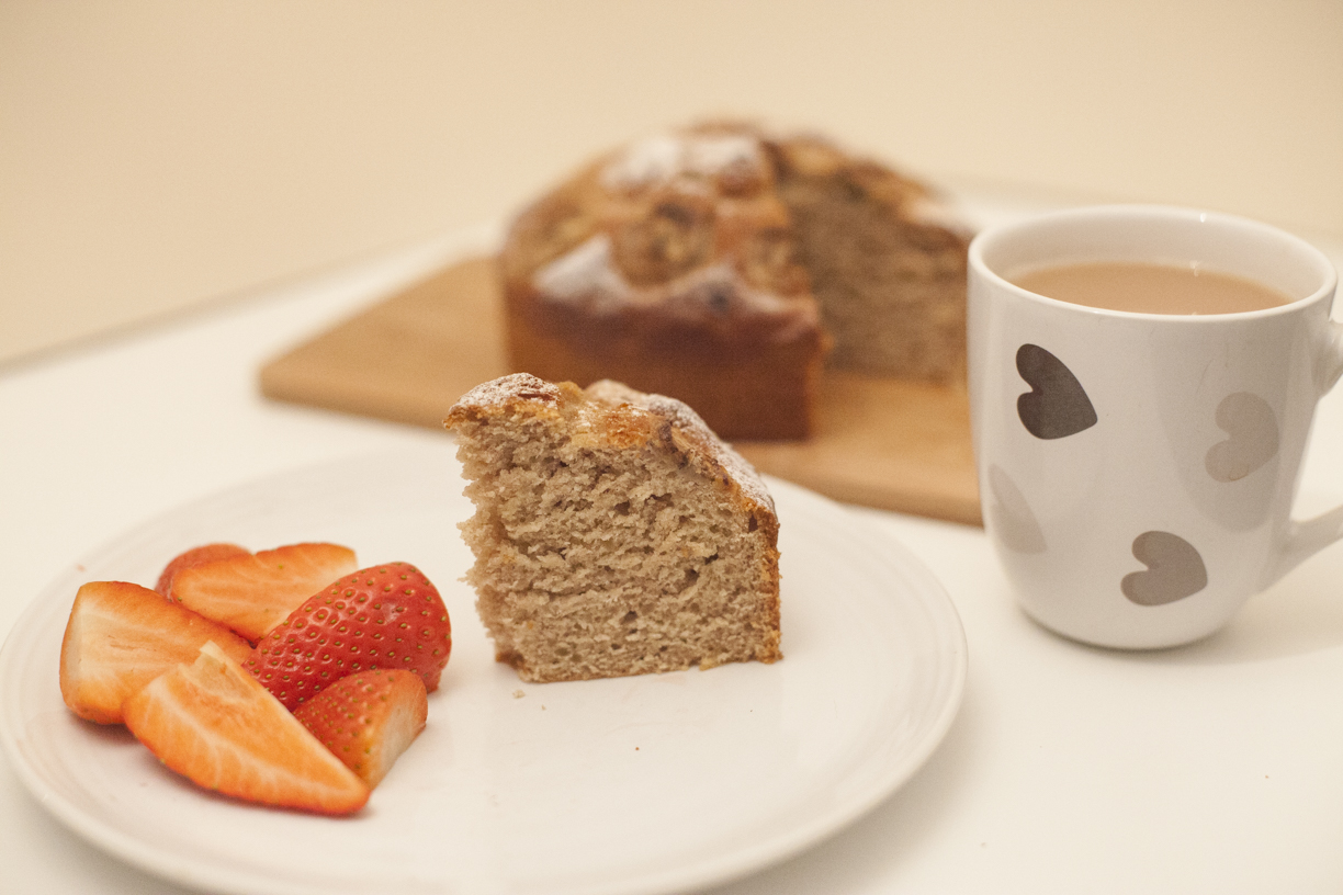 Vegan Banana Bread with a cup of Vegan Tea and Strawberries