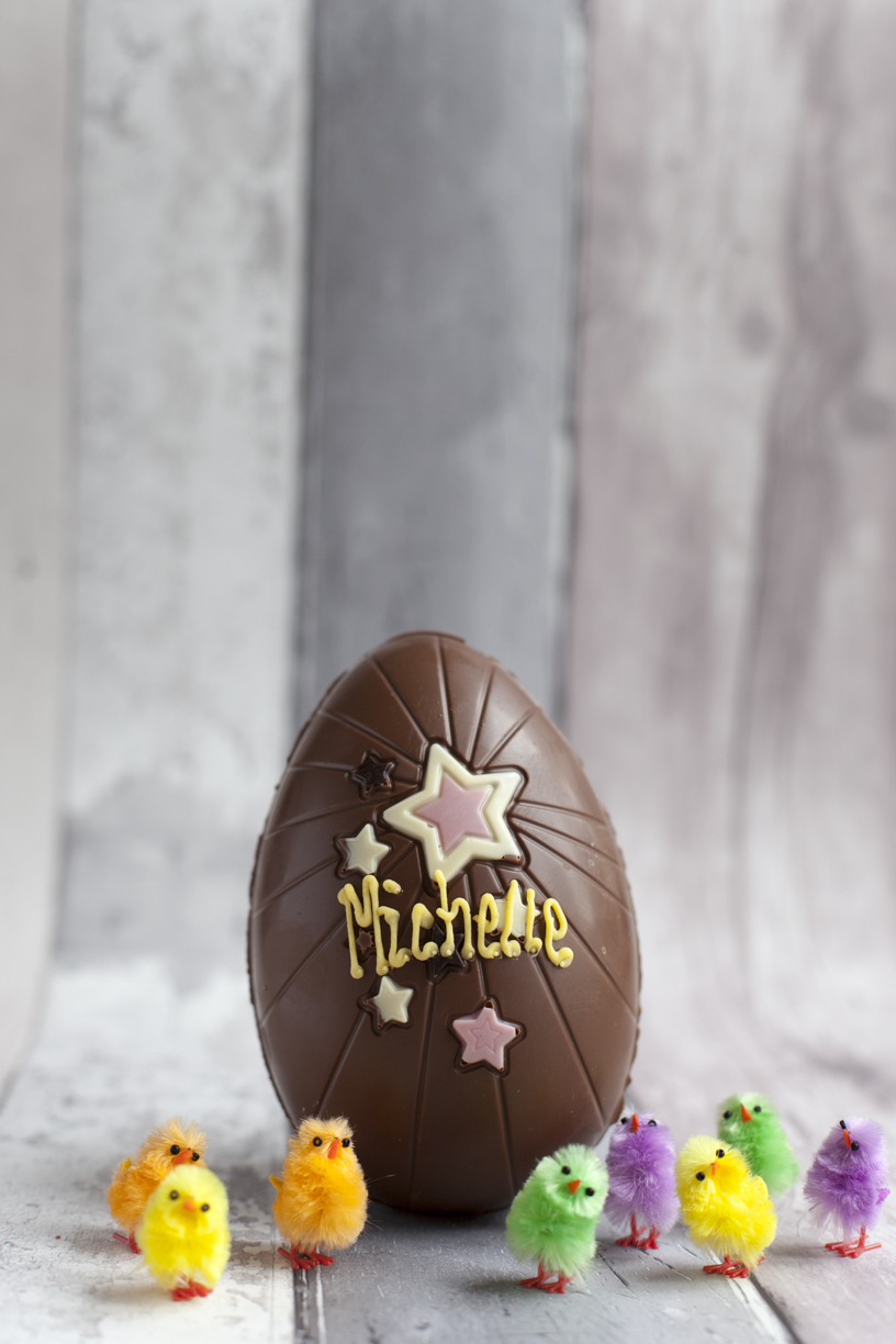 Thorntons hollow chocolate Easter Egg with mini fluffy chicks with stars Spring