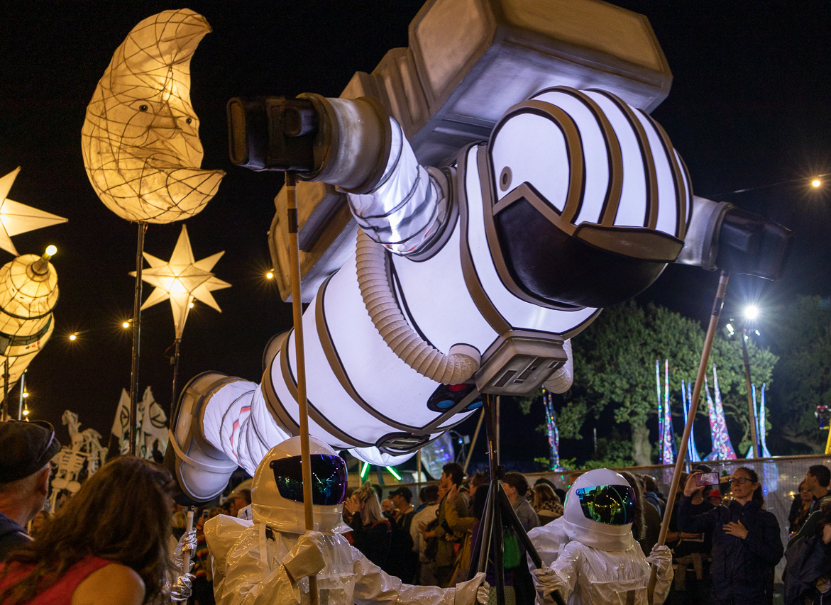 light up Astronaut parade